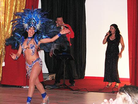 Duo Triangle - Cabaret Zanzibar
