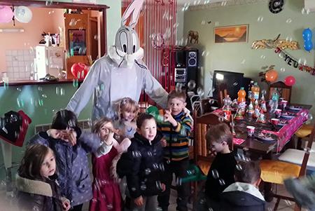 Animation anniversaire enfant à Grospierres en Ardèche