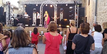 Orchestre variétés Triangle animation Fête nationale 13 Juillet  à Saint Maximin
