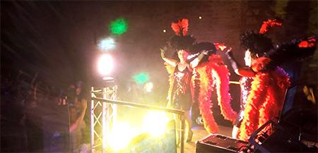 Fête votive de Vieussan animation DJ Triangle avec danseuses