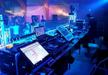Grande soirée au Gymnase de Rodilhan sur le thème du Carnaval avec DJ Triangle