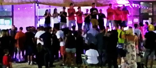 animation dj triangle fête votive village Génolhac sonorisation et éclairage groupe flamenco gipsy