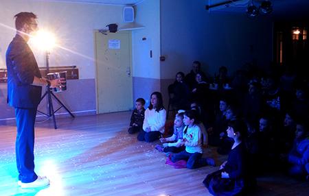 Animation Triangle Montpellier pour un spectacle enfant sur le thème cabare
