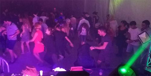 Animation Fête votive avec Groupe Triangle, danseuses et DJ - Spectacle Années DISCO