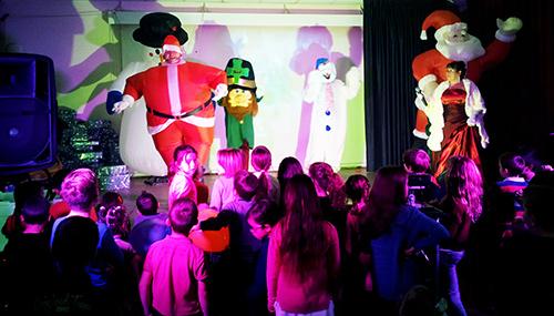 Spectacle enfants musical avec des jeux interactifs Monde magique TRILAND